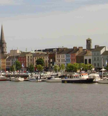 Waterford city by Maku